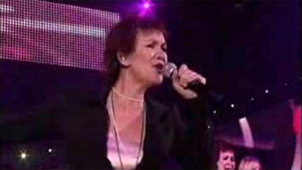 Love Me Just A Littlebit More (Vrienden Van Amstel Live 2007)